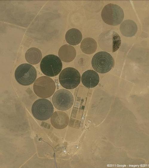 Center-Pivot Irrigation in Dessert near Aqar, Libya (Google.com)